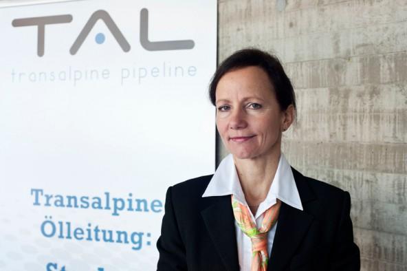"""TAL-Managerin Ulrike Andres: """"Die Pipeline wird durch diese Investition noch umweltfreundlicher."""" Foto: Miriam Raneburger"""