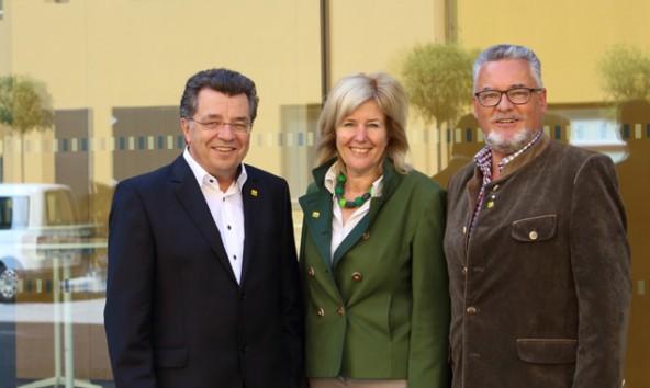 Hans Lindenberger, Maria Zwölfer und Josef Schett (von links) geraten parteiintern unter Druck und kontern mit dem Staatsanwalt.