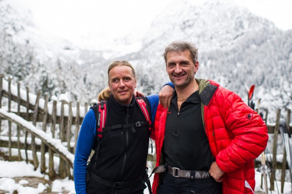 Blind Climber Andy Holzer (links) und Skyrunner Christian Stangl nach einer gemeinsamen Tour vor der Dolomitenhütte.