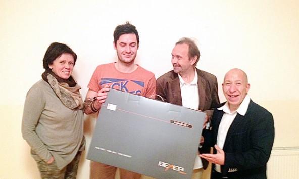 Im Bild von links: Christine Walder, Thomas Walder, Markus Mader (MET Praxis Nikolsdorf) und Markus Grabner von der Firma Beder.