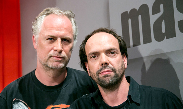 """Sind """"maschek"""": Peter Hörmanseder (links) und Robert Stache. (Foto: Hans Leitner)"""