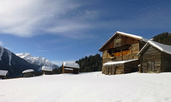Das Bond-Fieber ließ die Nächtigungskurve im Oberland steigen und hinterließ Spuren – nicht nur im Schnee.