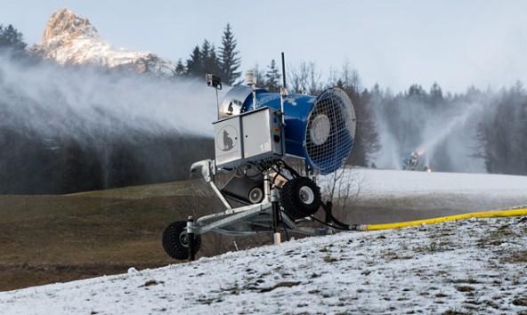 Der Kunstschnee in Osttirol kostet Millionen, die zum Teil von den Gemeinden mitfinanziert werden. Foto: Expa/Groder