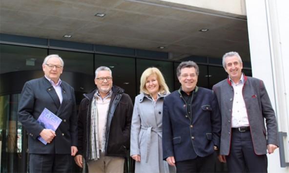 v.l.n.r.: Die Landtagsabgeordneten Hanns-Peter Adami, Josef Schett, Maria Zwölfer, Klubbeiräte Hans Lindenberger und Josef Falkner