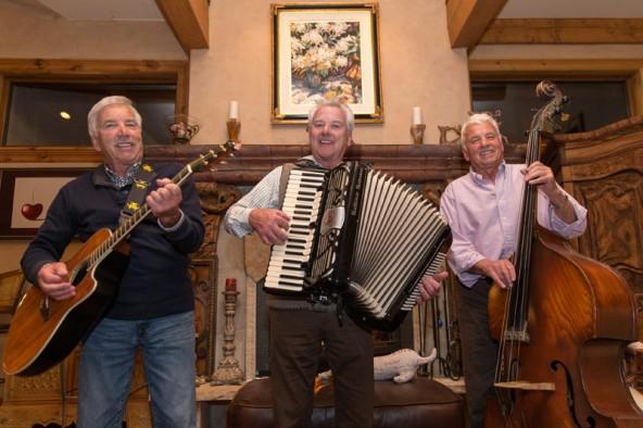 """Auch fast 50 Jahre nach ihren ersten Auftritten im """"Blue Cow"""" haben die Oberlohr-Brothers noch ..."""