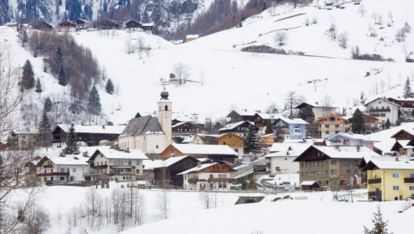 """Bevor alle mit dem Finger auf Prägraten zeigen - um wieviel """"gastfreundlicher"""" sind die anderen Gemeinden Osttirols? Foto: Brunner Images"""