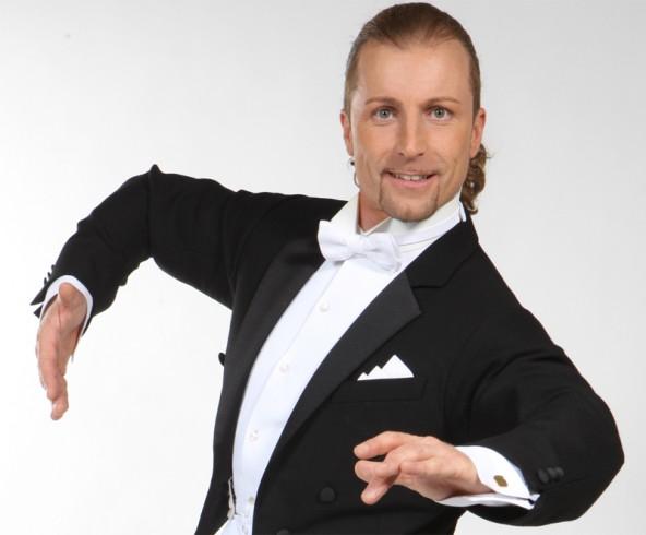 Er will in Lienz beweisen, dass das Tanzen glücklich macht: Dancing Star Gerhard Egger.