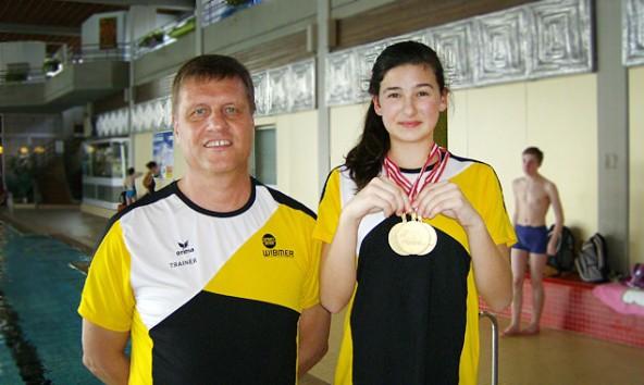 alessia-kofler-mit-trainer-mair