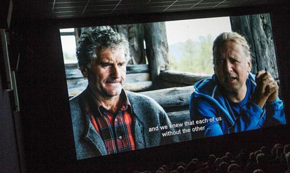 """Filmszene bei der Premiere von """"Unter Blinden"""". Hauptdarsteller Andi Holzer: """"Der Film ist ein Fenster in eine Welt, die man noch wesentlich mehr ausleuchten könnte."""" filmstill: Thimfilm"""