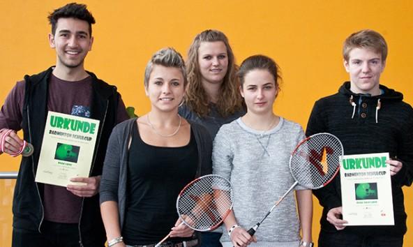 Einige Spieler der HAK Lienz: Alim Yürekli, Sandra Frena, Sandra Waldauf, Irina Olsacher, Johannes Martin. Foto: Hannes Gailer
