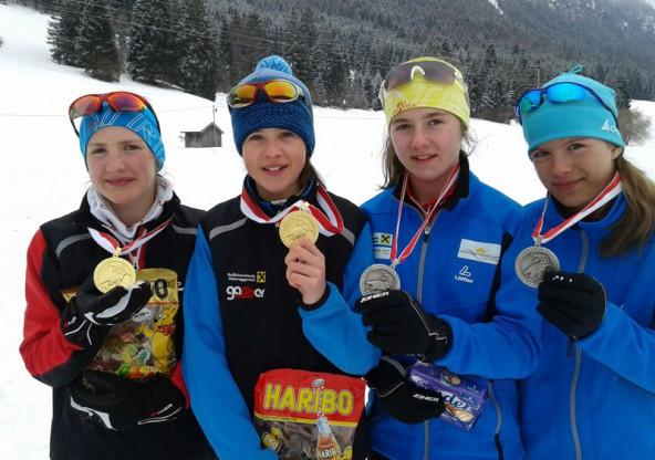Sie sind in der Tiroler Schülerklasse derzeit nicht zu schlagen: Andrea Unterkircher, Madeleine Veiter, Nathalie Gasser, Karin Gasser (v.l.n.r.)