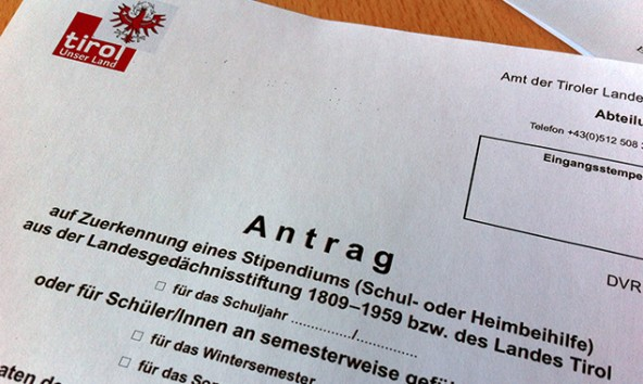 Die Landesgedächtnisstiftung unterstützt Tiroler Schüler und Studenten finanziell.