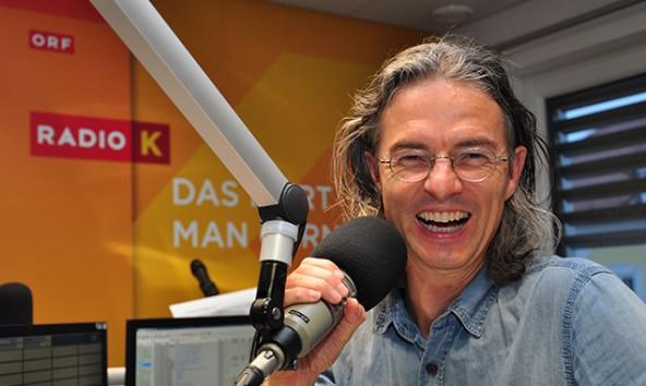 Das Moderieren machte ihm schon als KInd Spaß und ist noch immer sein Traumberuf. Foto: ORF Kärnten