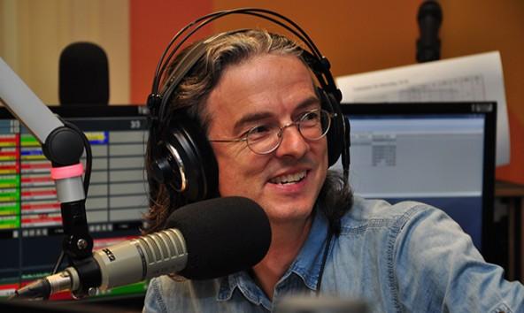 Der studierte Betriebswirt arbeitet seit 30 Jahren für das Radio. Foto: ORF Kärnten