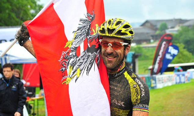 Alban Lakata konnte die Favoritenrolle bestätigen. (Foto: facebook.com/Granitmarathon)