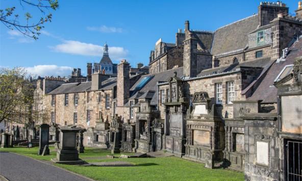 Ein bisschen Morbidität gehlrt dazu: der Greyfriars Graveyard lohnt einen Besuch - auch für Harry Potter-Freunde.
