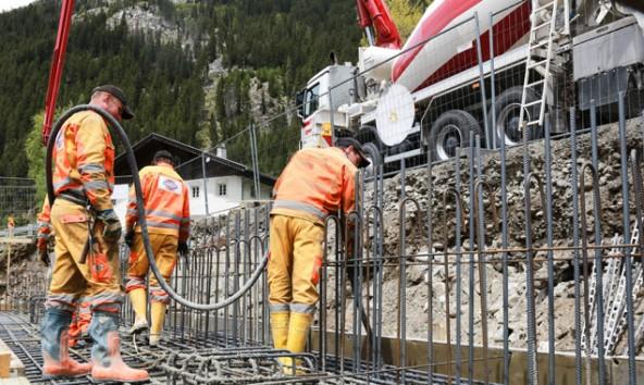 Über den Sommer wird auf einigen Osttiroler Landstraßen saniert und gebaut. Foto: Expa/Gruber