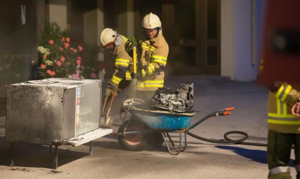 Die Feuerwehr Ainet bekam den Brand bald unter Kontrolle.