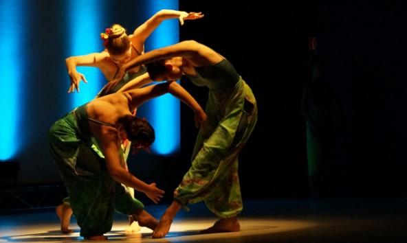 Tänzerinnen in Lienz auftreten, diesmal in einer Open Air Gala, sofern das Wetter dies zulässt.