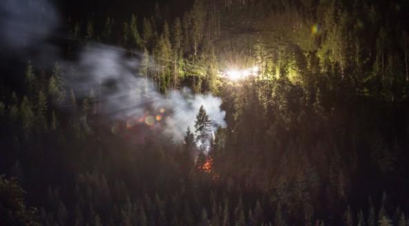 Die Ursache für den nächtlichen Brand ist derzeit ungeklärt. Foto: Brunner Images