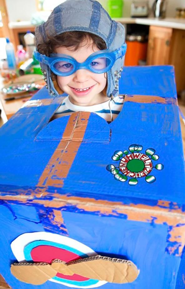 Basteln, spielen und lernen, Recycling nicht als Beschränkung zu sehen, was das Motto des Workshops.