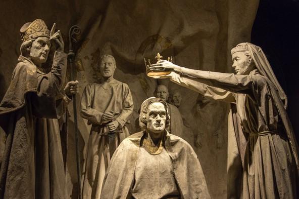 Die Statuen im Edinburgh Castle geben historische Auskünfte, haben aber auch ihren ganz eigenen Charme. Fotos: Jörg Schnell