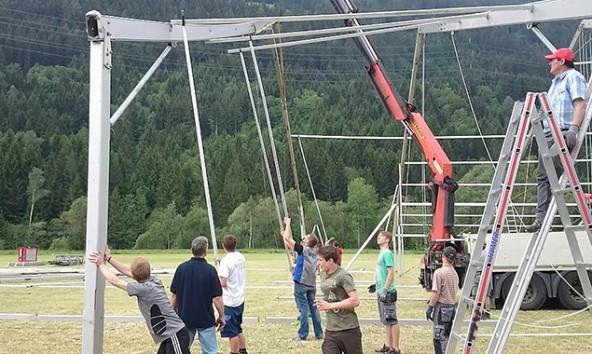 Der Veranstaltungsort ist in monatelanger Arbeit vorbereitet worden. Jetzt können Wettbewerb und Fest beginnen. Foto: Feuerwehr Ainet