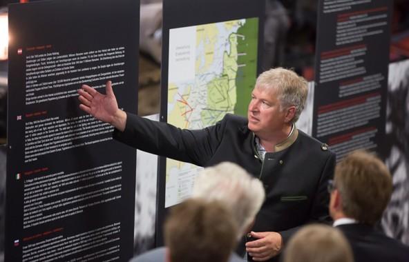 Archäologe Harald Stadler beschäftigt sich seit Jahrzehnten mit der Aufarbeitung der Kosakentragödie. Foto: Brunner Images