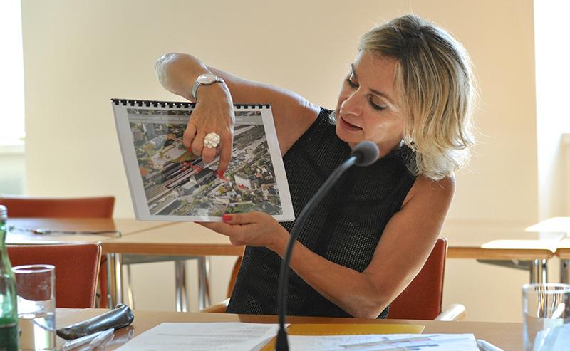 Nicht einfach ein besserer Bahnhof, sondern eine Drehscheibe für Mobilität – Elisabeth Blanik zeigt, was kommt.