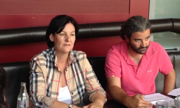 v.l.: LAbg. Andrea Haselwanter-Schneider und Markus Sint bei der Präsentation ihrer Forderungen an die Landesregierung.