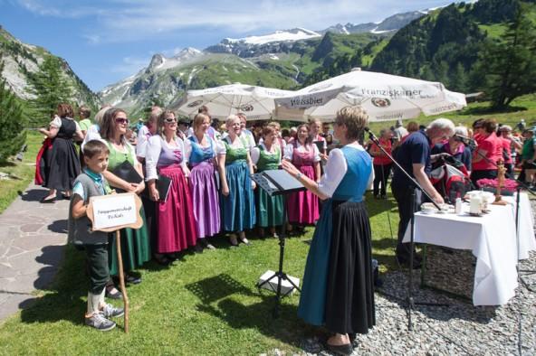 Die Jubilare jubilieren: Der Chor VoKals ist zehn Jahre alt.