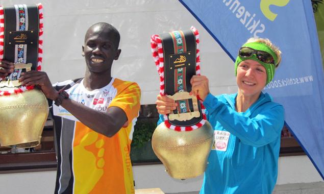 Suanne Mair und der Kenianer Isaac Kosgei – die Tagessieger des Schlickeralmlaufs. Foto: SUR Lienz