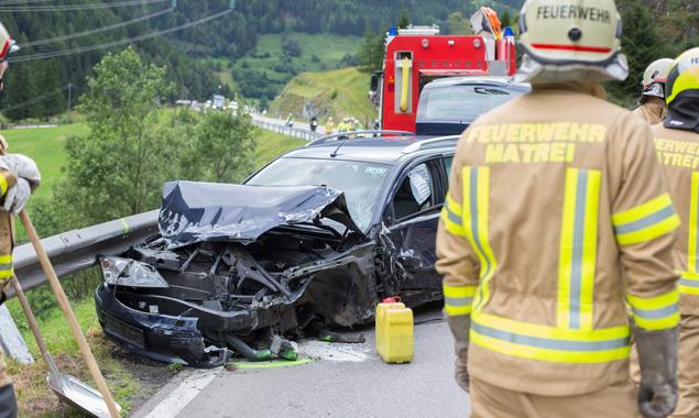 Die Insassen wurden ins Lienzer Krankenhaus gebracht. Foto: Brunner Images