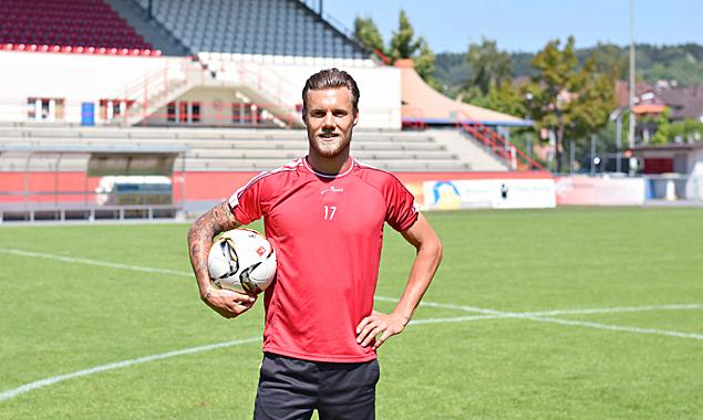 Marco Köfler im Stadion seines Clubs, dem FC Winterthur. Fotos: Klara Fuchs