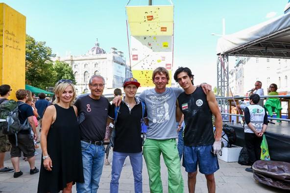 In Lienz nicht immer einer meinung, in Wien ein Herz und eine Seele: Bürgermeisterin Elisabeth Blanik und TVBO-Aufsichtsratsobmann Werner Frömel, flankiert von Rustam Gelmanov, Peter Ortner und Ali Bartzadeh (von links).