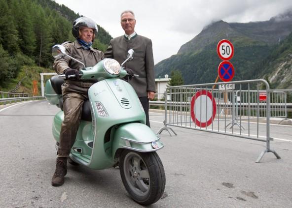 Gustl Ronacher, hier mit Karl Popeller, hatte sich alles so eingerichtet, dass er der Erste sein konnte.