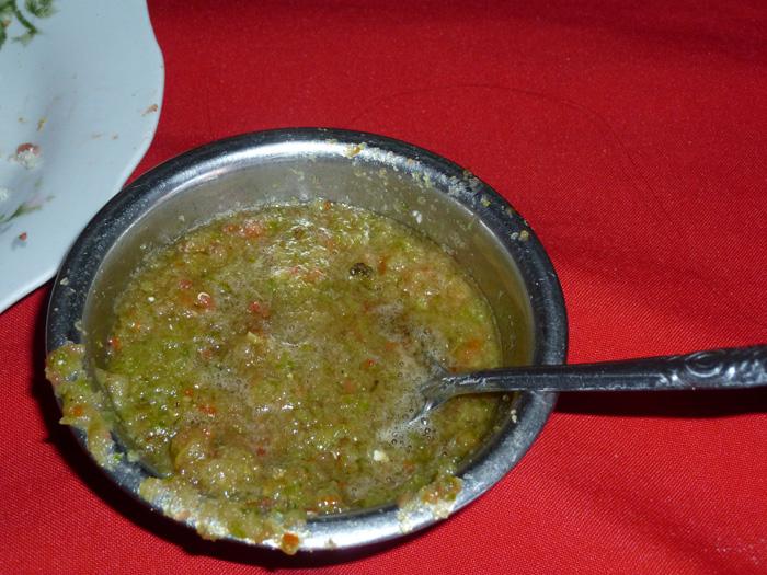 """Kein Essen ohne die bolivianische Sauce """"Llajua""""!"""