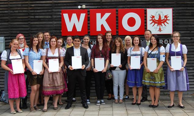 Alle Lehrlinge, die zur Lehrabschlussprüfung im Lebensmittelbereich angetreten sind. Fotos: WKO Tirol