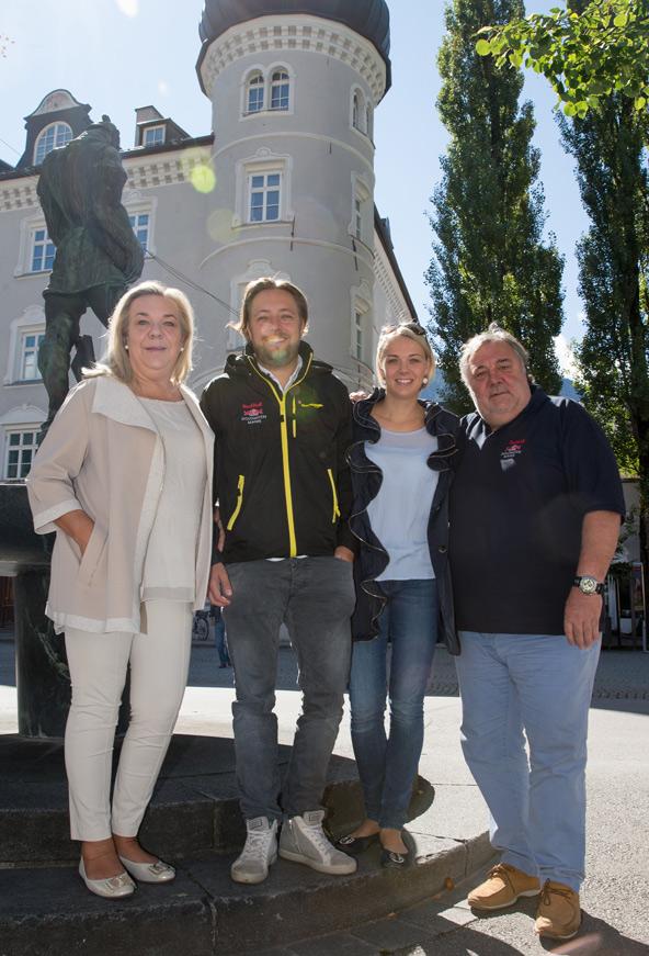 Meist hat der Dolomitenmann Glück mit dem Wetter. Familie Grissmann (v.l. Sandra, Niki, Nina und Werner) hofft, dass es auch 2015 so bleibt.