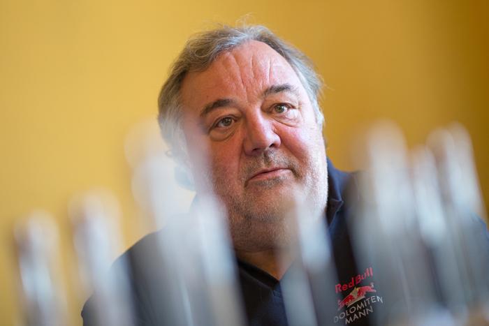 "Werner Grissmann ist stolz auf den ""Hirscher-Coup"". Fotos: EXPA/Groder."