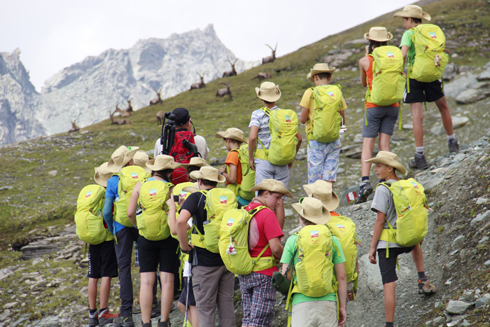 8.000 Höhenmeter erklommen die Jugendlichen während ihrer Zeit im Nationalpark. Foto: NPHT/Egger