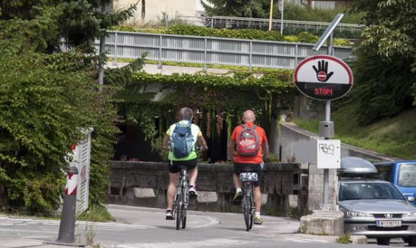 Radfaher, so Tagger, sehen Verbotsschilder eher als Hinweisschilder. Foto: Dolomitenstadt/Steiner