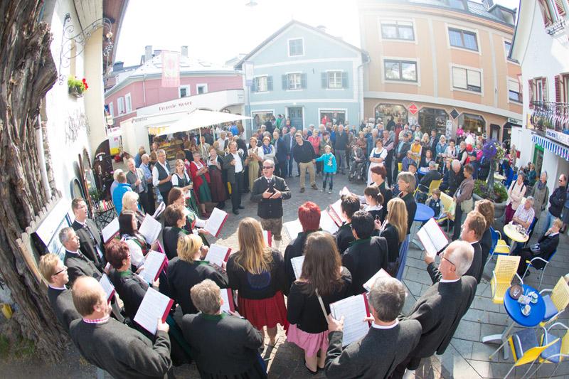 Acht Chöre nehmen am Kranzlsingen teil. Foto: Brunner Images