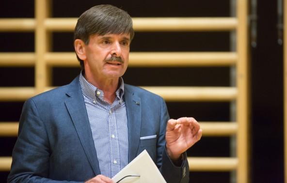 Aufklären und anderen Erfahrungsberichten zuhören ist das Motto für Bürgermeister Dietmar Ruggenthaler.