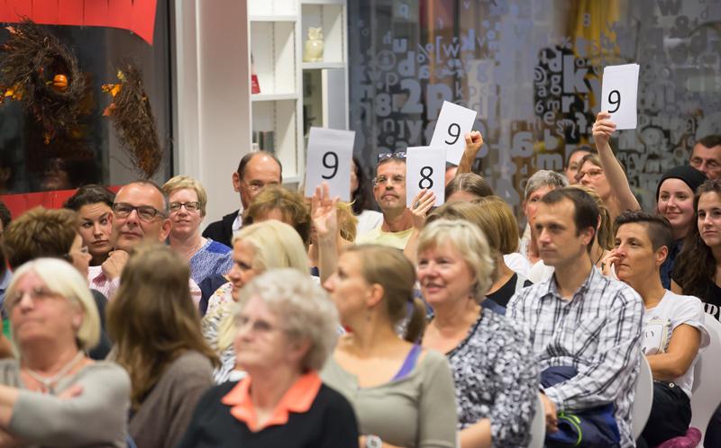 Das Publikum reagierte mit hohen Wertungen auf die Poeten.