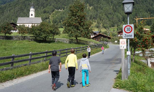 Große Einigkeit herrscht in Virgen dazu, dass die 30 km/h-Zone die Lebensqualität im Gemeindegebiet erhöht hat.