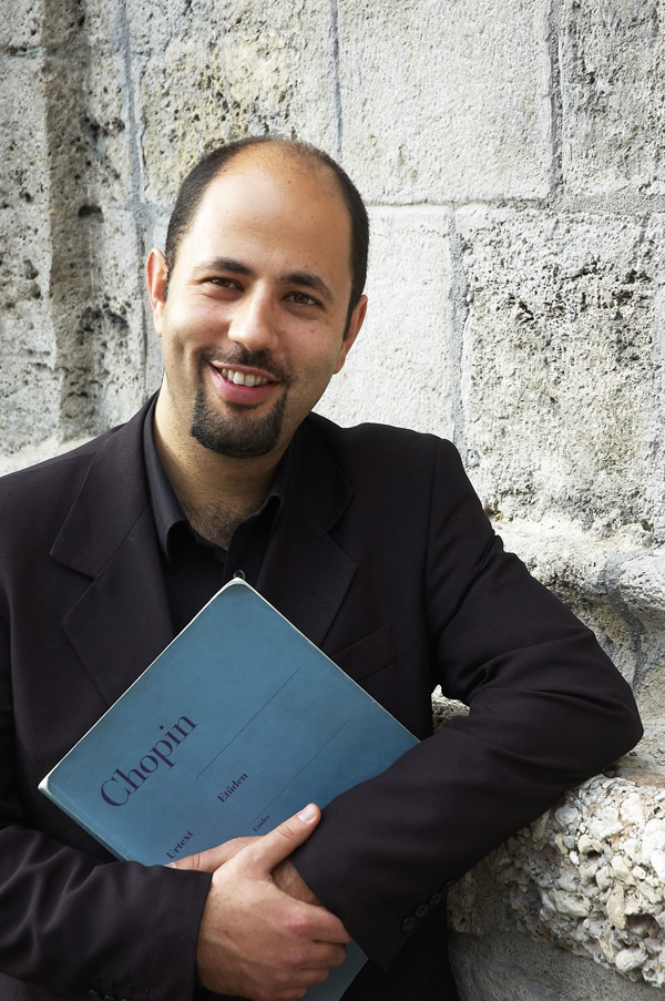 Der italienische Pianist Fausto Quintabà ist in Österreichs Konzertsälen ein gern gesehener Gast.