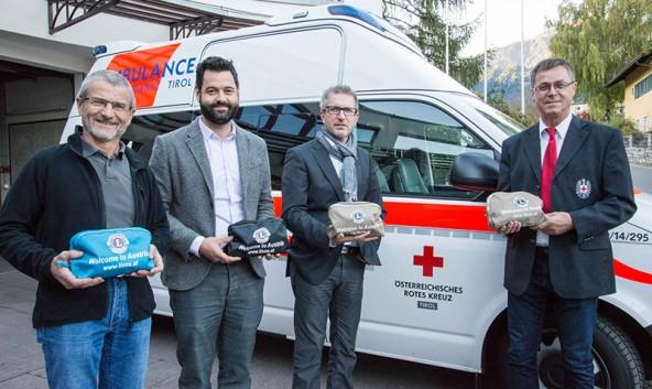 Von links: Peter Kraler, Rudi Neumayr, Oskar Januschke und Andreas Stotter, cder Bezirksgeschäftsführer des Roten Kreuzes in Osttirol.