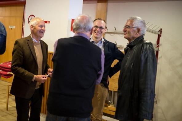 Der freundliche junge Mann in der Mitte ist einer der besten Schachspieler der Welt: Markus Ragger. Fotos: Marco Leiter