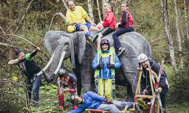 Die Sportunion St. Veit präsentiert ihre Sportarten und die Attraktion des Bogenparcours, den Elefanten.